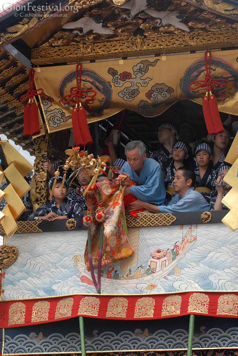 hoka boko ningyo doll dancing gion festival procession kyoto japan