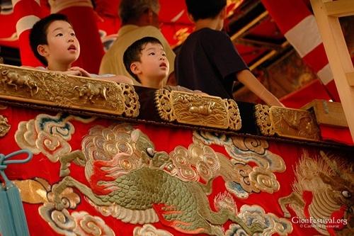 naginata boko boys children wonder gion festival kyoto japan